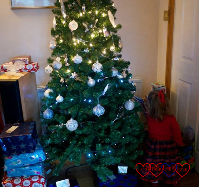 Christmas time - Little Hearts, Big Love: Musings of a heart mummy