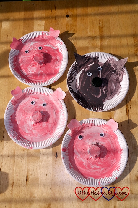 Paper plate three little pigs and big bad wolf: The Friday Focus 22/05/15 - Little Hearts, Big Love