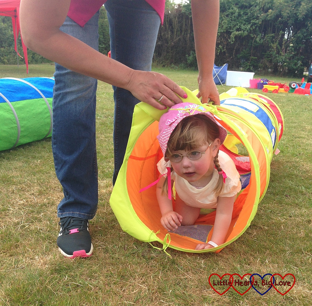 Crawling through the tunnel - Jessica's first sports day - Little Hearts, Big Love