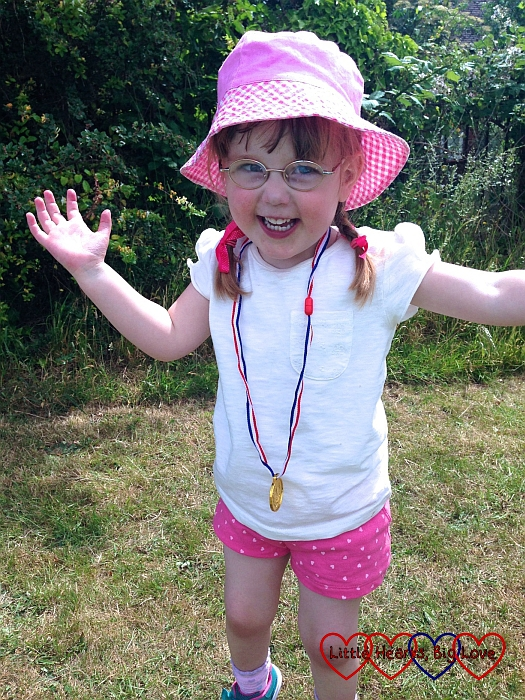 Jessica's a winner at her first sport's day - The Friday Focus 26/06/15 - Little Hearts, Big Love