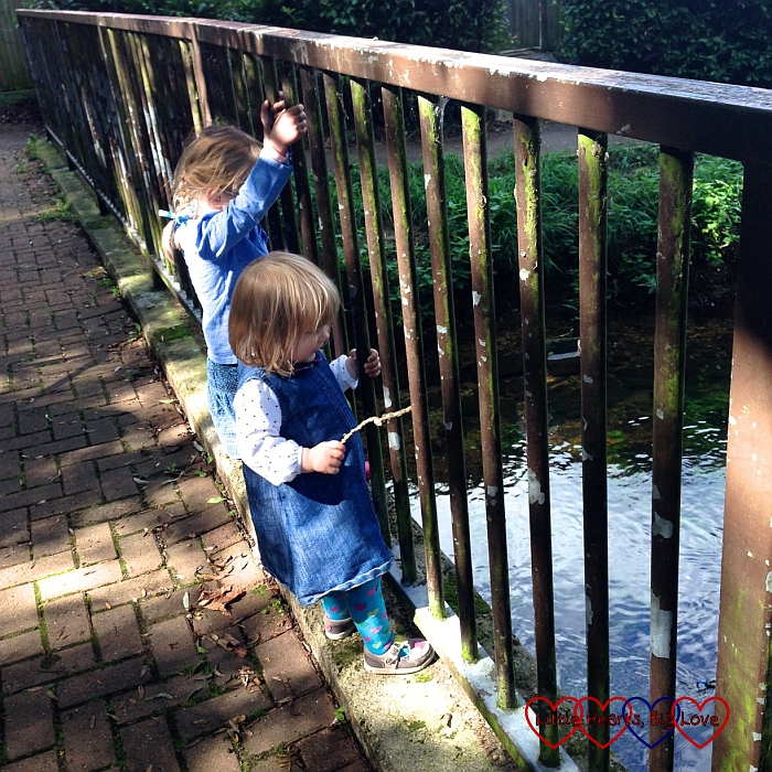 Playing Poohsticks - A walk along the river - Little Hearts, Big Love