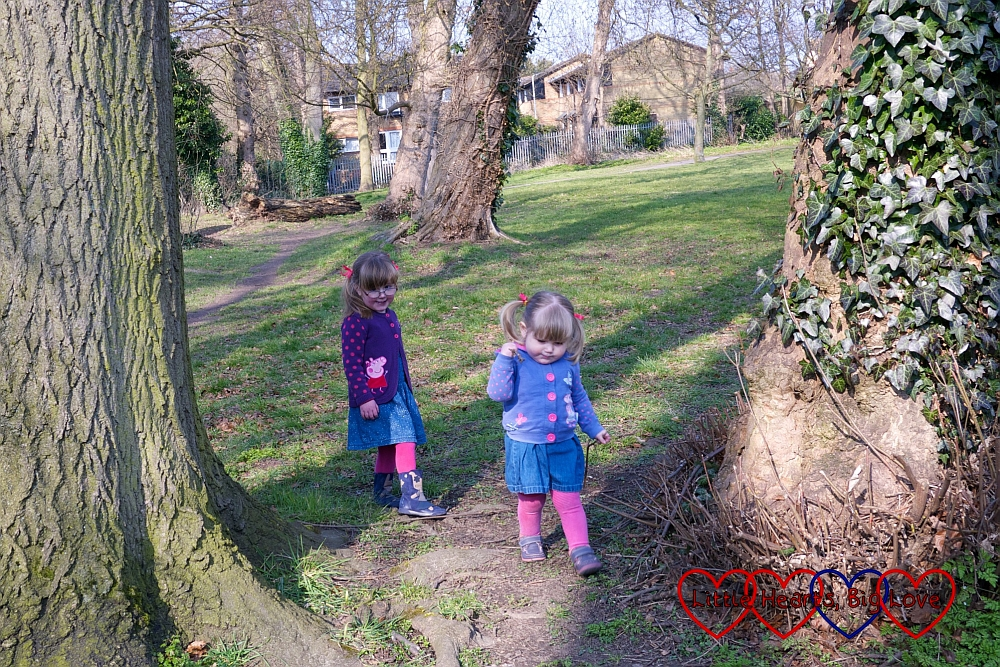 Chasing each other through the trees - A walk along the canal - Little Hearts, Big Love