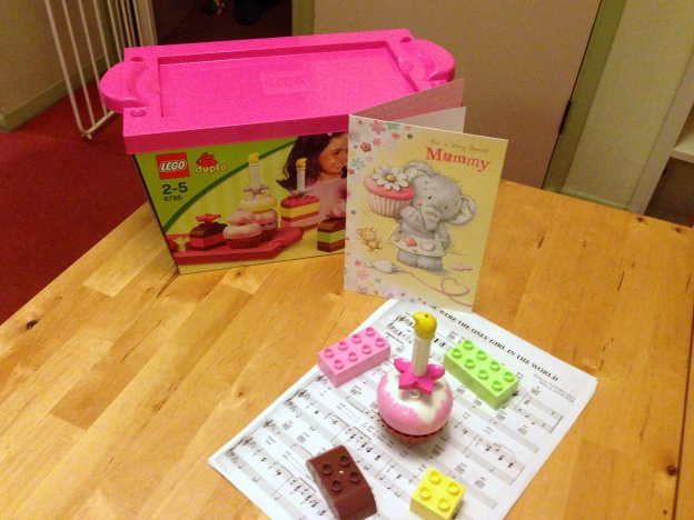 A Duplo cake and a birthday card for Mummy