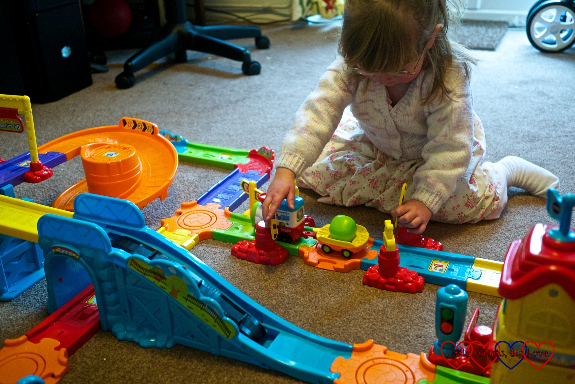 Review Vtech Toot Toot Drivers Train Station Little