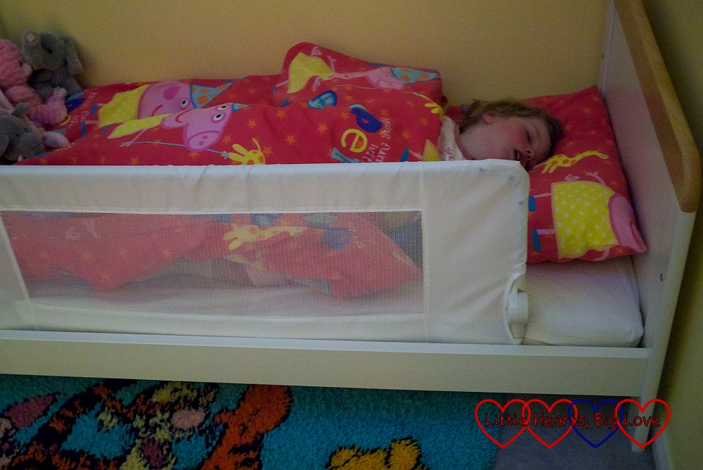 Review: Safetots Bed Rail - Little Hearts, Big Love