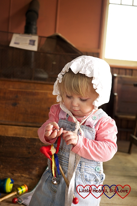 Dressing up in Victoria bonnets at the Chiltern Open Air Museum - Little Hearts, Big Love