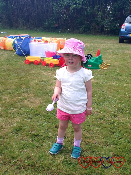Egg and spoon race - Jessica's first sports day