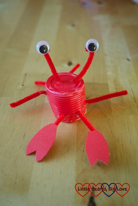 Plastic cup crab: Sea-themed crafts for preschoolers - Little Hearts, Big Love