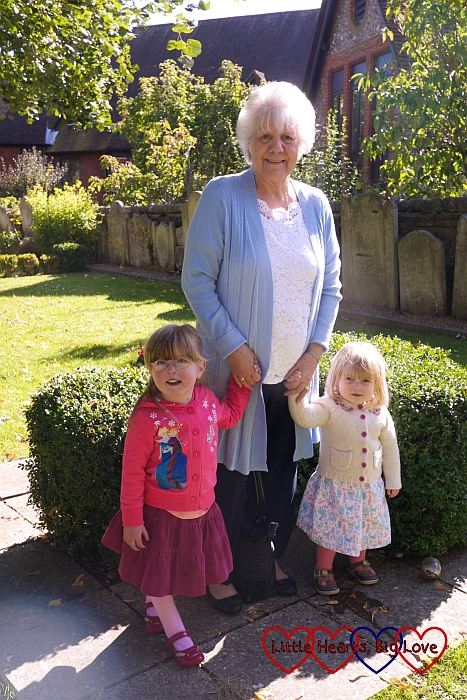 The girls spending time with Nanny - The Friday Focus 02/10/15 - Little Hearts, Big Love
