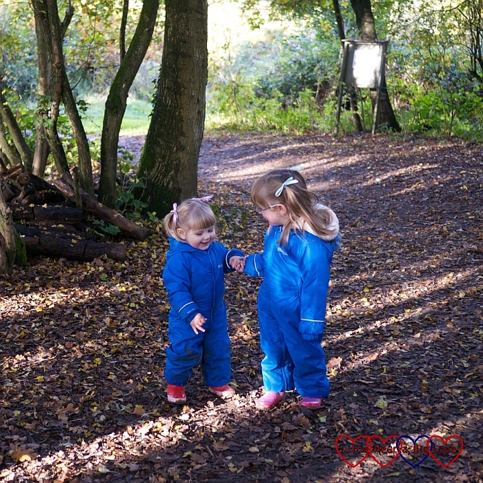 A beautiful sibling moment - An autumn walk at Chiltern Open Air Museum - Little Hearts, Big Love