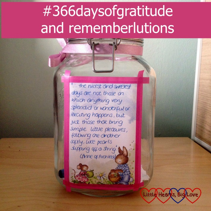 #366daysofgratitude and rememberlutions - two ways to embrace positivity in 2016 - Little Hearts, Big Love
