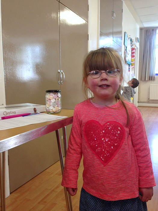 Raising money for Tiny Tickers at our toddler signing class - The Friday Focus 12/02/16 - Little Hearts, Big Love
