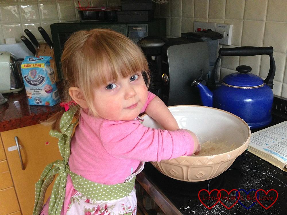 My mini baker - My Sunday Photo 07/02/16 - Little Hearts, Big Love