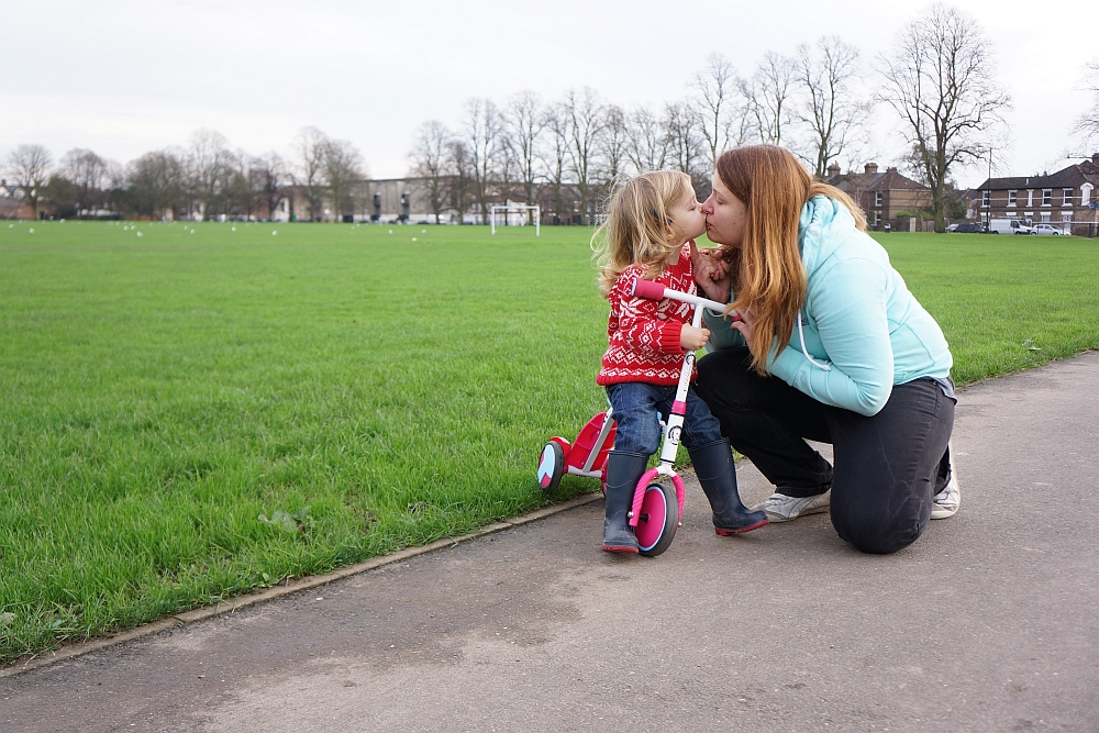 Parenting Pep Talk #6 - Wave to Mummy - Little Hearts, Big Love
