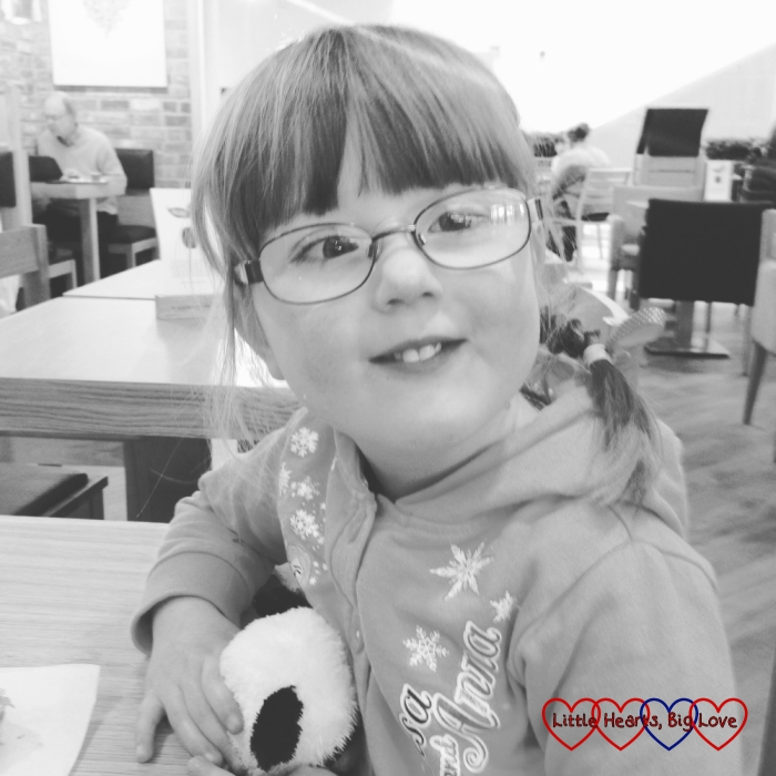 Jessica waiting for her hospital check-up - The Friday Focus 01/04/16 - Little Hearts, Big Love