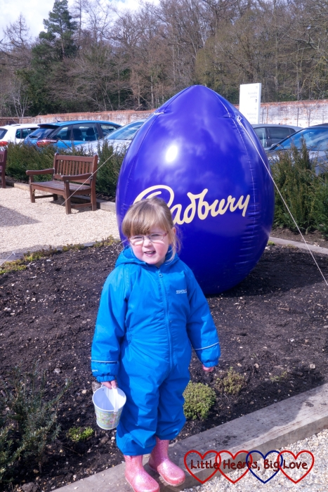 An Easter egg hunt at Cliveden - The Friday Focus 01/04/16 - Little Hearts, Big Love