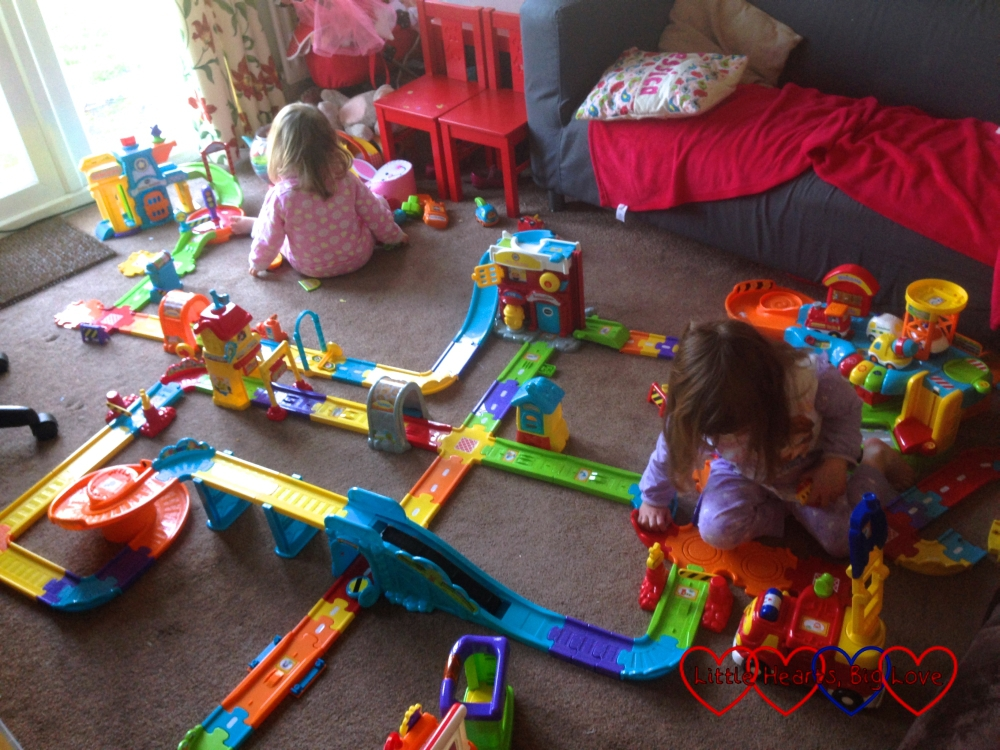 Taking over the living room with a giant Toot Toot track - The Friday Focus 15/04/16