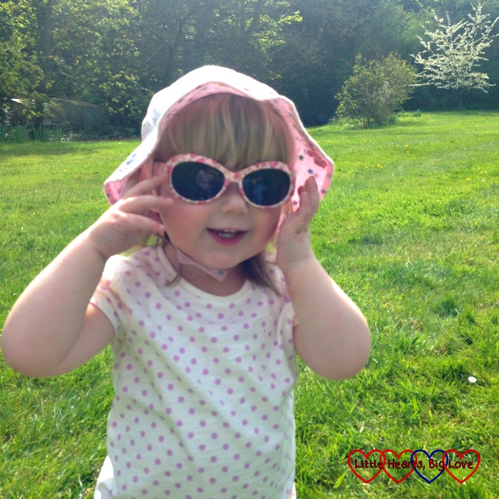 Wearing sunglasses can help protect your children's eyes from the sun