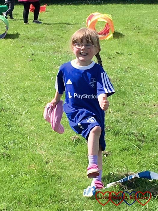 """""""Look Mummy, I'm the winner"""" - Jessica running a race in her sports day"""