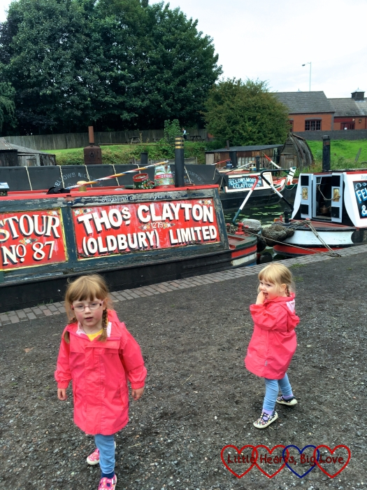 Jessica and Sophie by an old-fashioned canal boat
