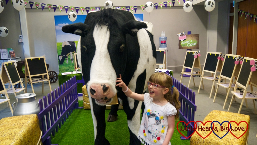 Jessica with Buttons, the animatronic Cadburys cow