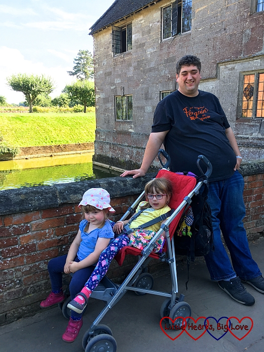 Hubby with Jessica and Sophie at the gatehouse entrance to Baddesley Clinton