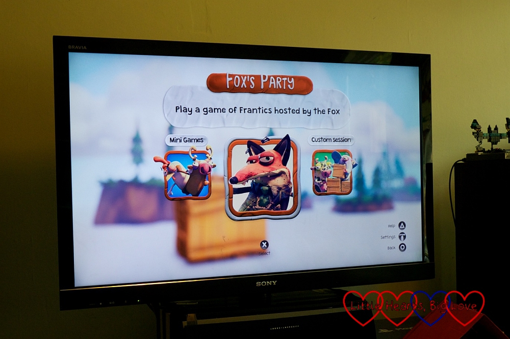 A screen shot showing the three game modes to choose from
