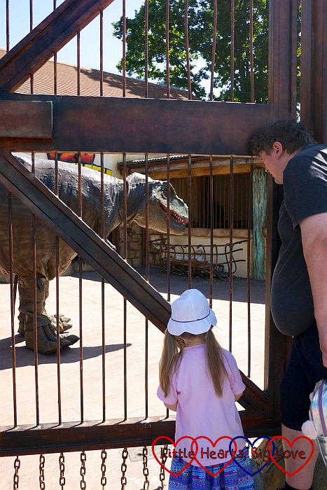 Sophie and Daddy meeting a Tyrannosaurus Rex