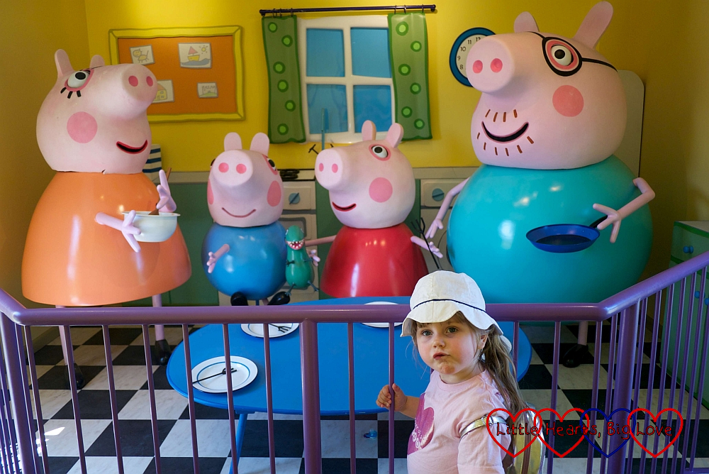 Sophie with Mummy Pig, George Pig, Peppa Pig and Daddy Pig in Peppa Pig's House