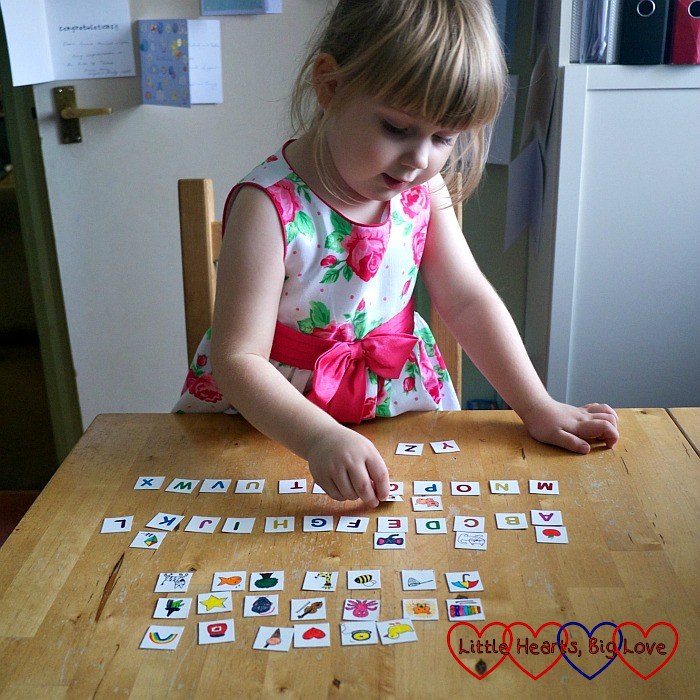 Sophie matching pictures to the correct letter