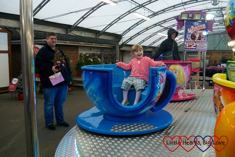 Sophie on the teacup ride