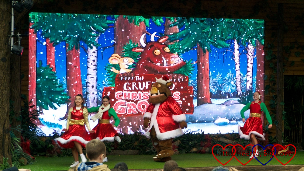 The Gruffalo and dancers grooving along in the Gruffalo Christmas Groove