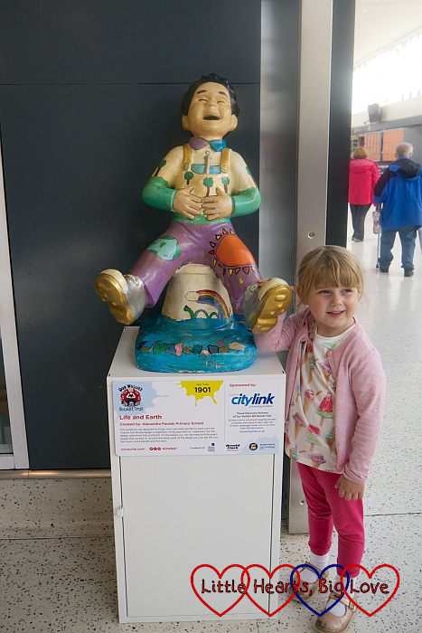 Sophie with the 'Life and Earth' Wee Oor Wullie sculpture