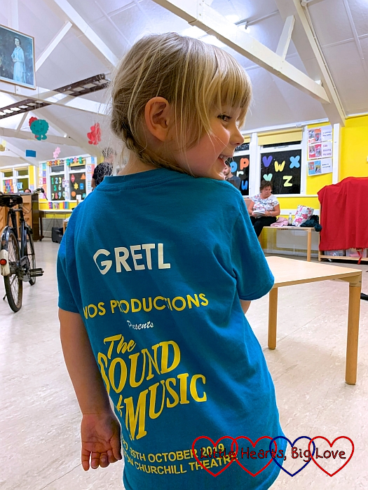 "Sophie with her ""Gretl"" T-shirt at rehearsal"