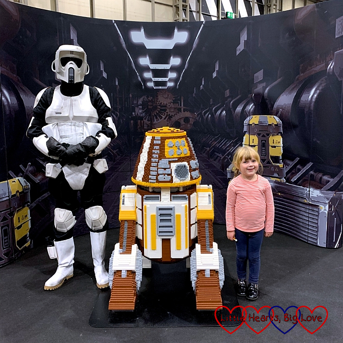 Sophie with one of the models in the BRICKLIVE Force zone.