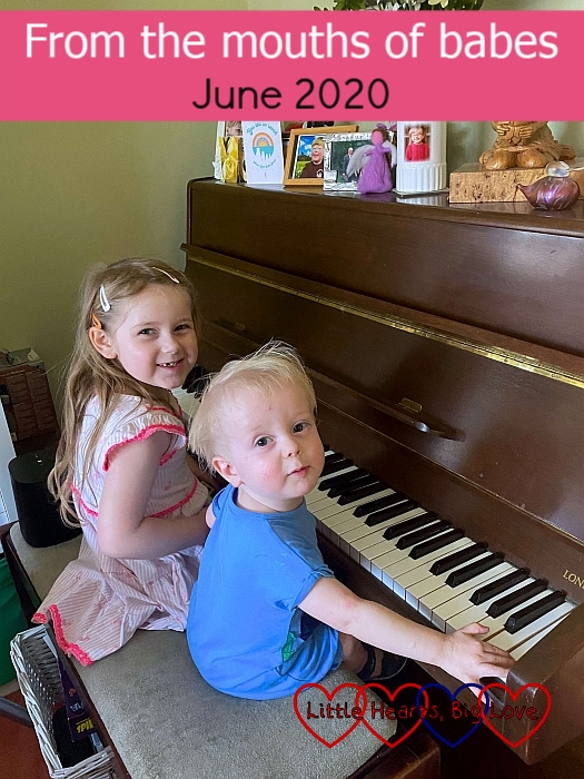 Sophie and Thomas sitting at the piano together