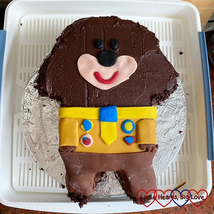 A chocolate Hey Duggee birthday cake